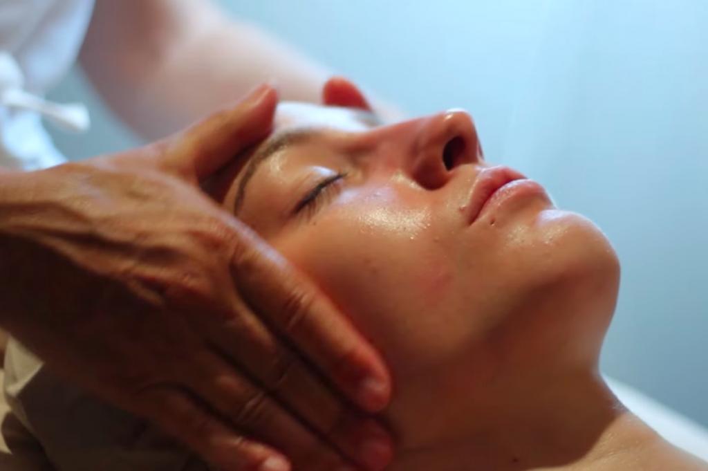 tratamiento para el cuidado de la piel facial