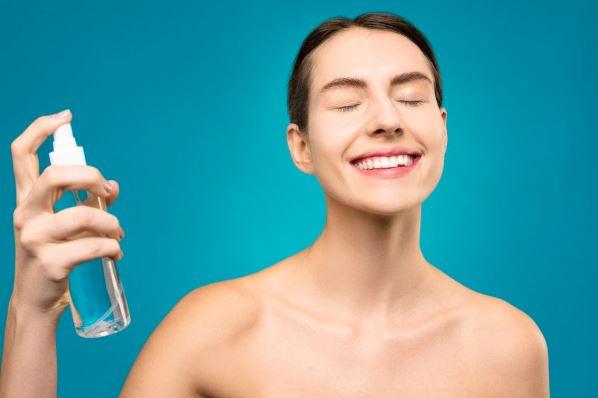 Importancia de una buena limpieza facial en pieles con acné